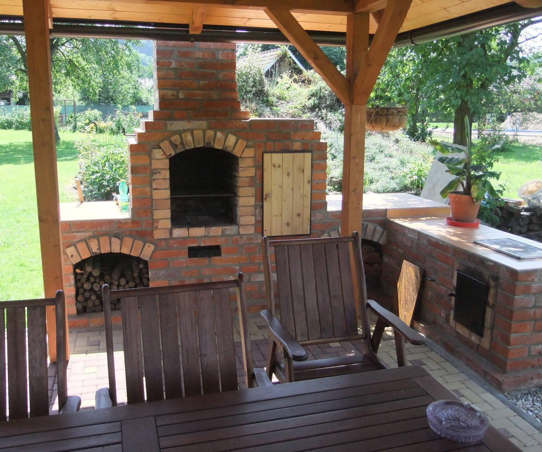 Diy Outdoor Fireplace With Bbq Grill Brick Rustic