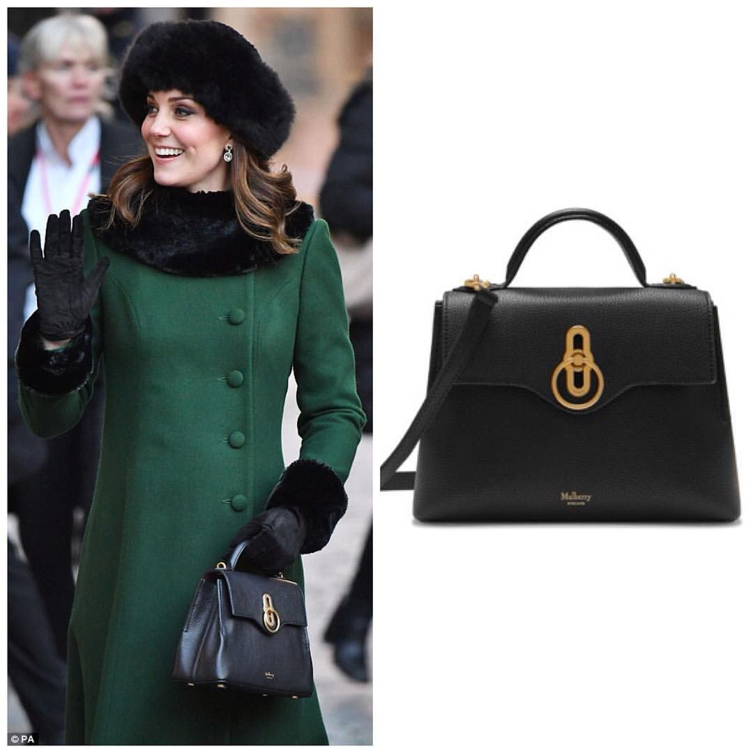 Kate Carried Mulberry Mini Seaton Bag With Rider Locka 895 00 Its Sleek Lines And Streamlined Silhouette Are Sized Down From The Regular Style