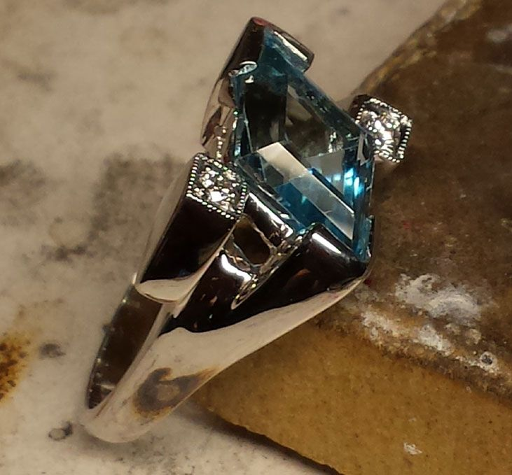 ***SOLD*** Rod Stelter Jewler & Watchmaker in Benbrook Texas. This is a custom piece created with the Retro era in mind. A stunning ring. 14kt white gold