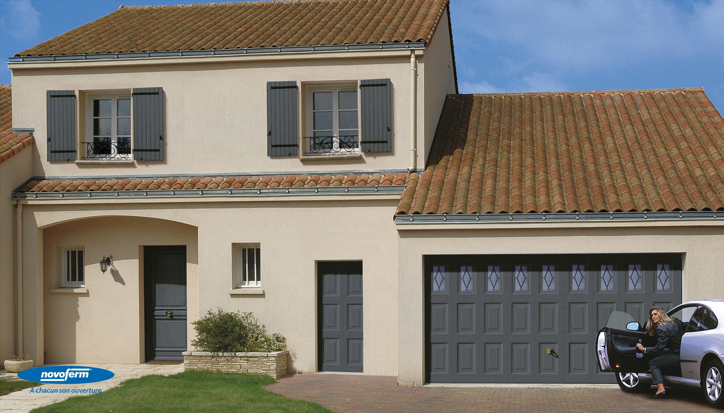 Porte de garage basculante design cassette novoferm nos fournisseurs - Porte de garage design ...