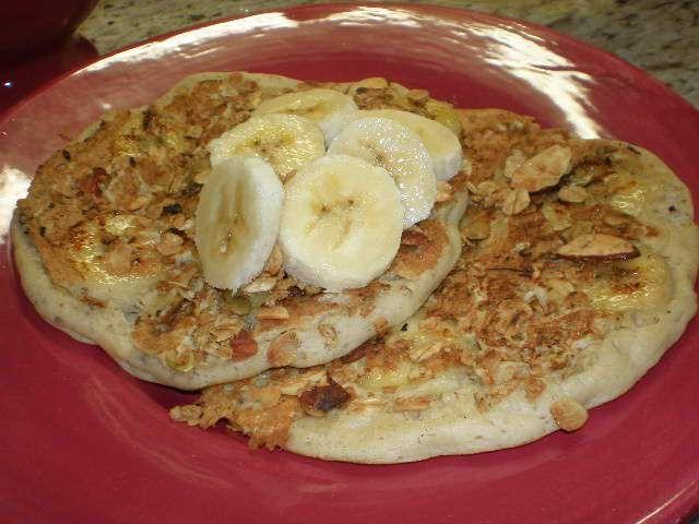 banana granola pancakes 3