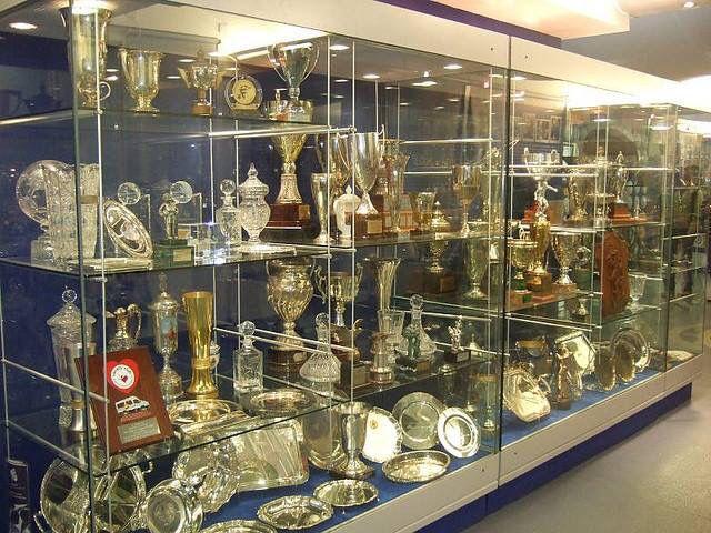 Blues Trophy Cabinet Cars Pinterest Chelsea Fc Chelsea