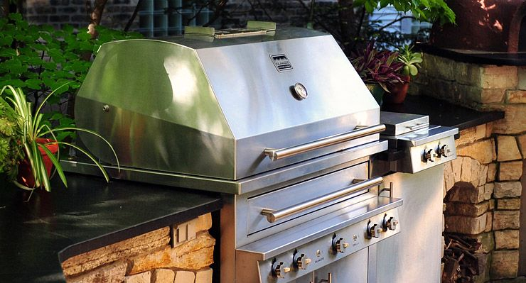 Gas And Charcoal Hybrid Grill From