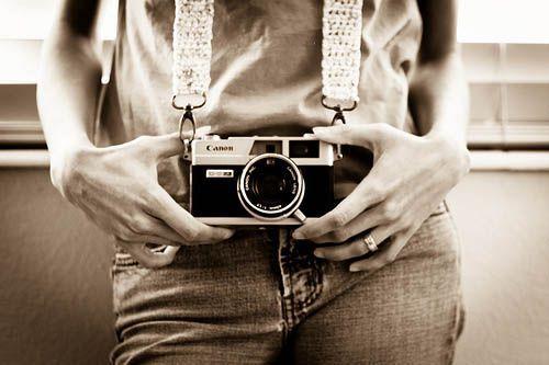 INSPIRATION, ACCESSORIES, crochet // crochet camera strap #crochetcamera INSPIRATION, ACCESSORIES, crochet // crochet camera strap #crochetcamera