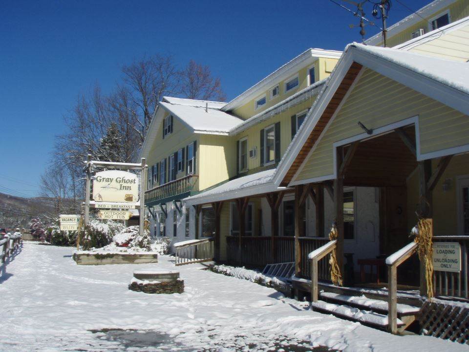 Gray Ghost Inn Bed and breakfast, Lodges, Historic new