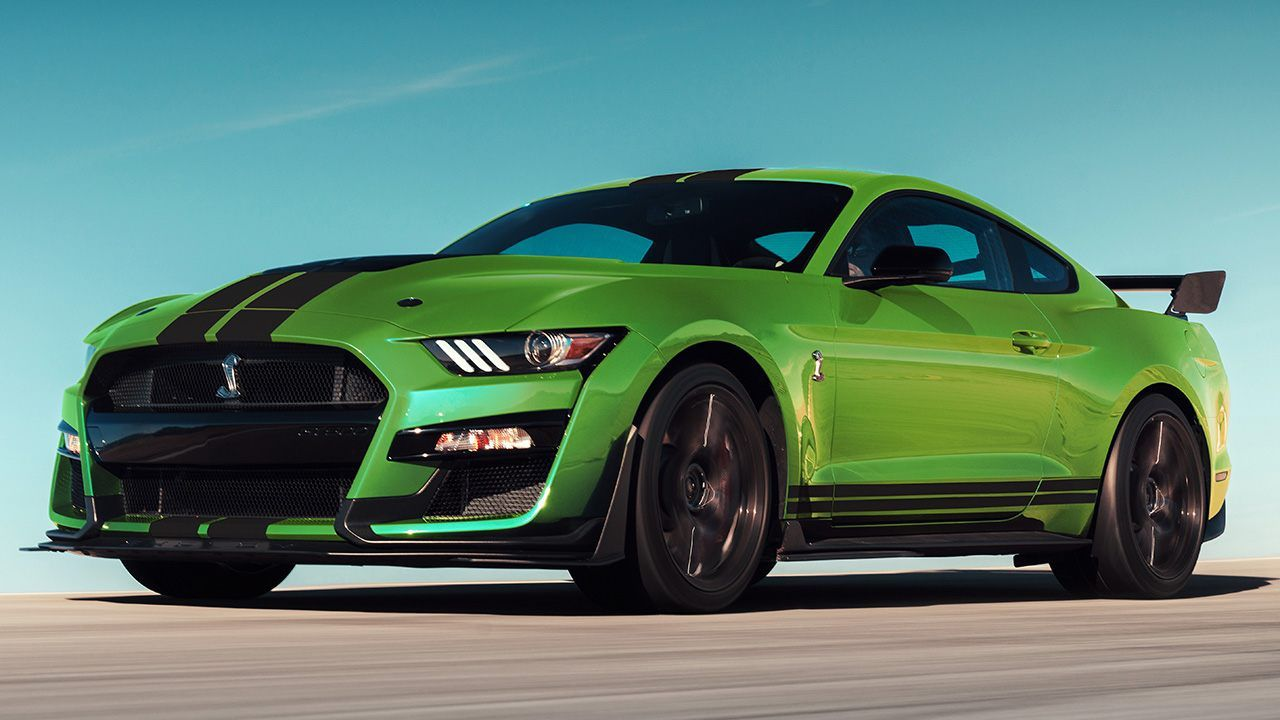 Performance Enhancing Pigment 2020 Ford Mustang S Grabber Lime Paint Is On Steroids 2020 Gt500 Ford Mustang Shelby Gt500 Ford Mustang Shelby Shelby Gt500
