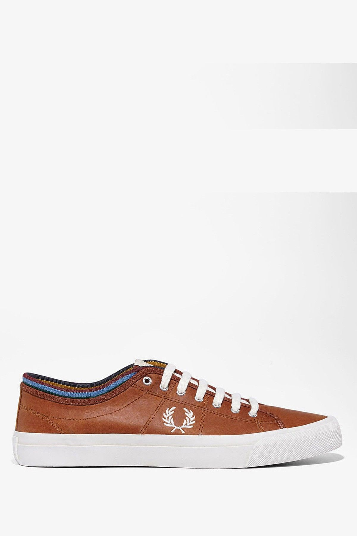 Fred Perry Kendrick Tipped Cuff Leather Bradley Wiggins Man Sneaker ... bb1274c42c
