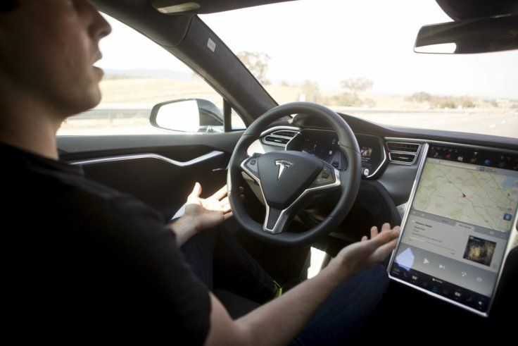 Self Driving Tesla Autopilot Feature Now Available In Uk And Europe Insurance Quotes