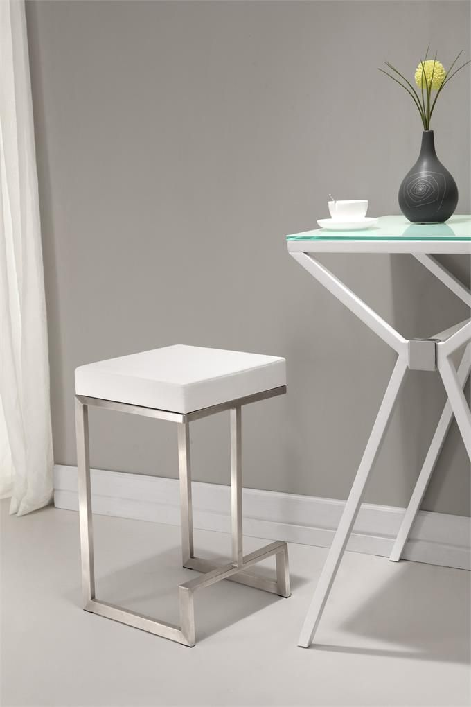 Darwen Counter Chair In White Set Of 2 Homeclick Community With Images Counter Stools Modern Counter Stools Zuo Modern