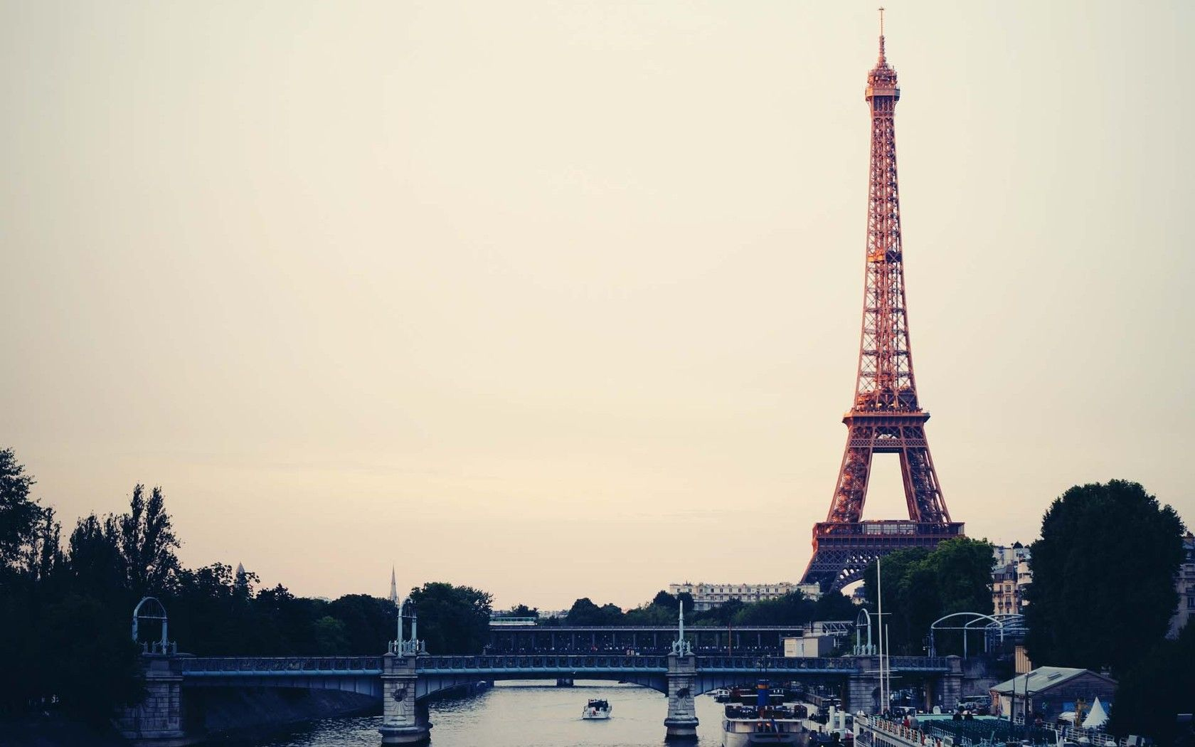 Eiffel Tower Vintage Wallpapers Hd Paris Wallpaper City Wallpaper Eiffel Tower