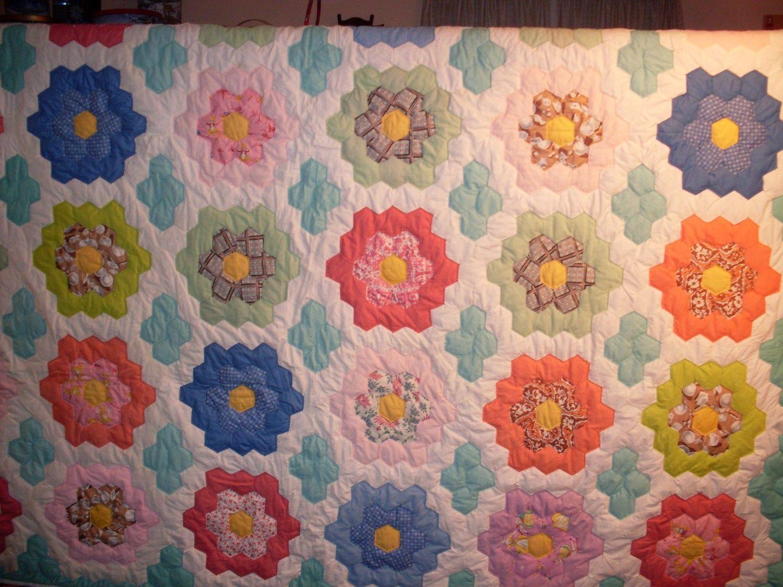 grandmothers flower garden quilt Grandmothers Flower Garden Quilt 83x86 by OldFashionedQuilts ...