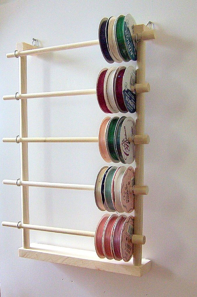 ribbon rack wall mounted dear home pinterest rangement atelier et rubans. Black Bedroom Furniture Sets. Home Design Ideas