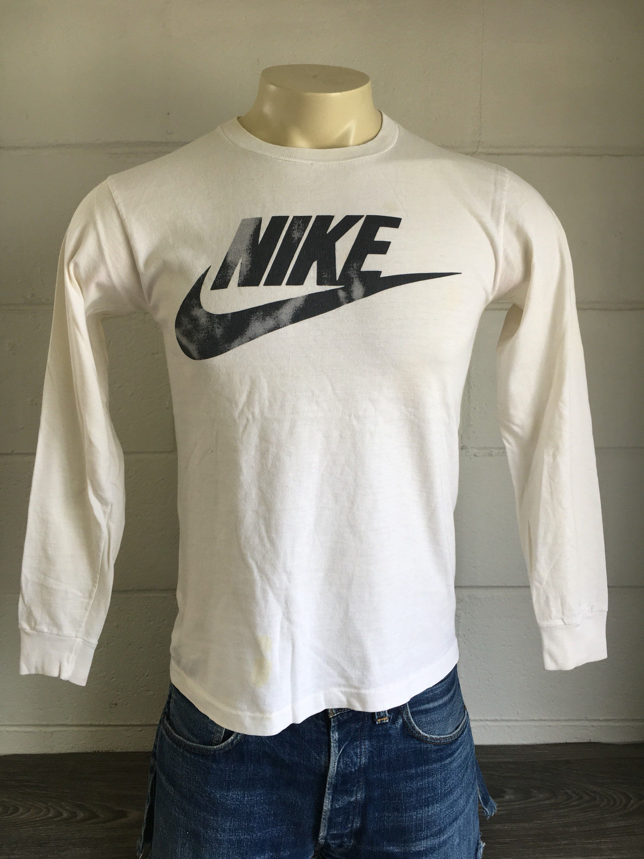 2b4dec73a59f5 NIKE Shirt 80's Vintage Long Sleeve Tshirt Blue Tag Black & White ...