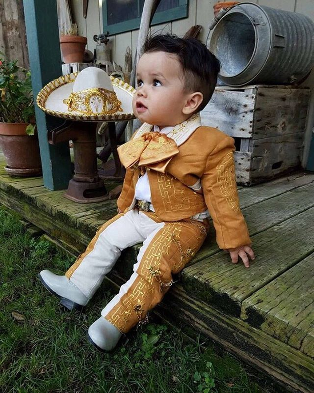 Pin By Isi On Baby Mine In 2019 Mexican Babies Baby Boy