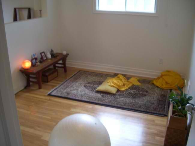 Meditation Spaces.. wall enclave idea for small space | yoga space ...