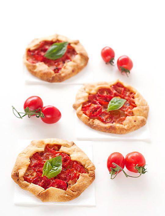 mini galettes de tomate - Sabores de Canela