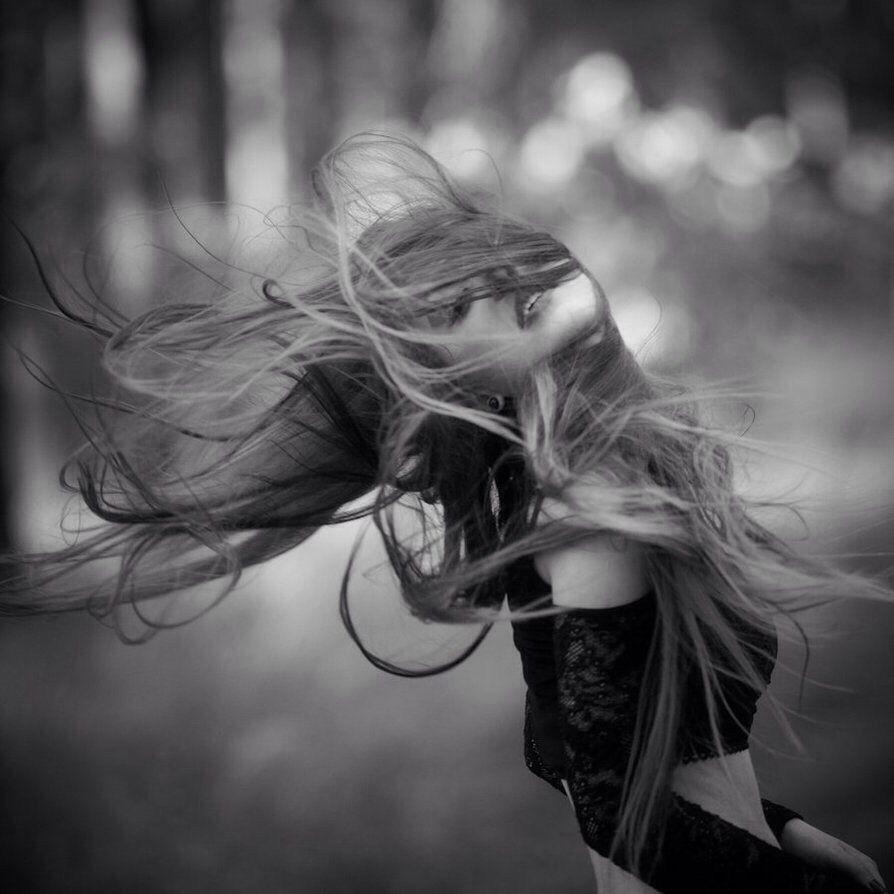 Pin by Rolann on ♡Hair   Wind blown hair, Wind in my hair ...