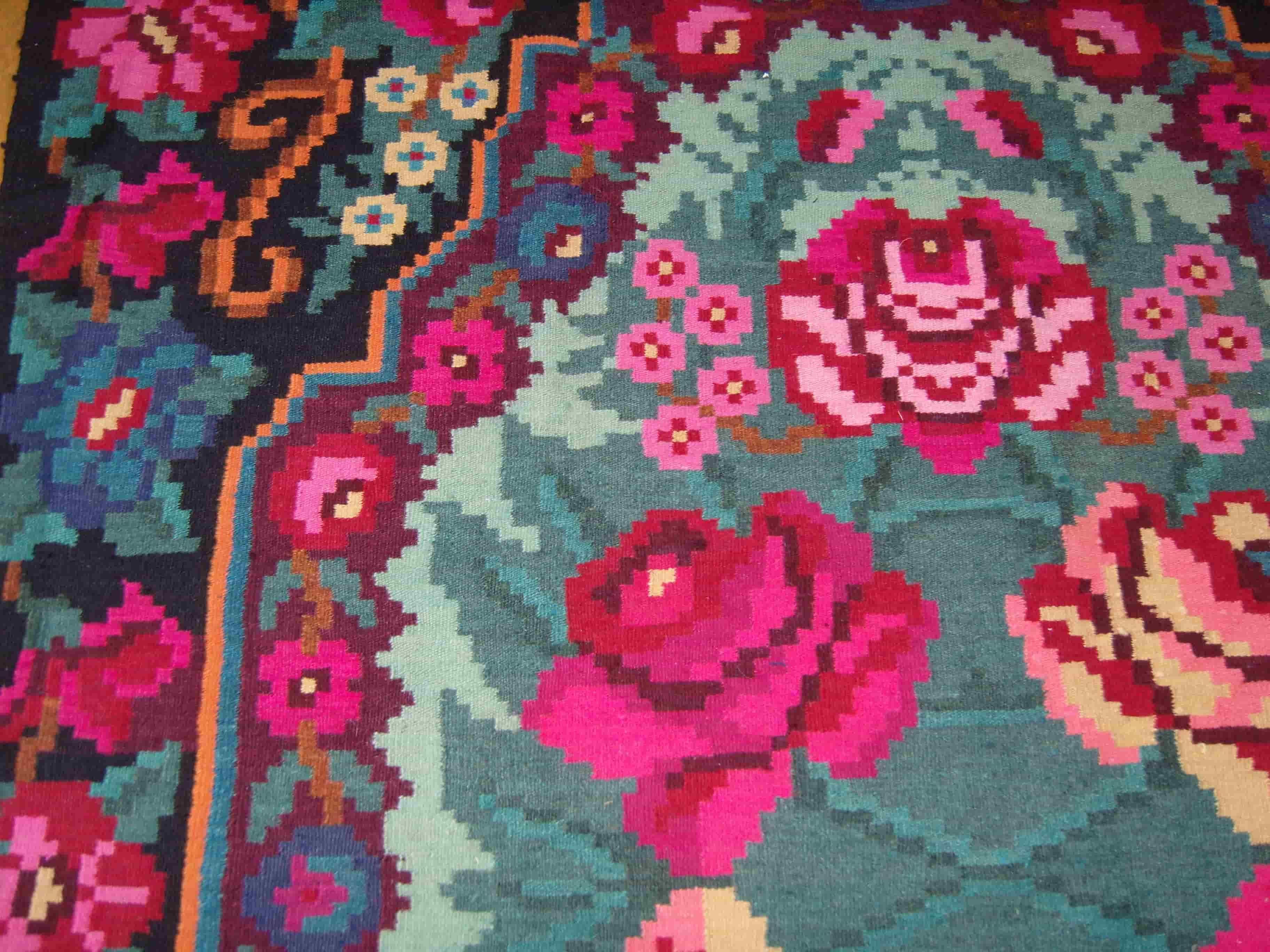 tapis de salon tapis berbere tapis vintage tapis fleur tapi deco boheme mariage idee deco. Black Bedroom Furniture Sets. Home Design Ideas