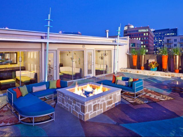 Outdoor Rooftop Fire Pit And Seating At Allegro Addison A Luxury Apartment Community In Addison Te Apartments For Rent Texas Apartments Apartment Communities