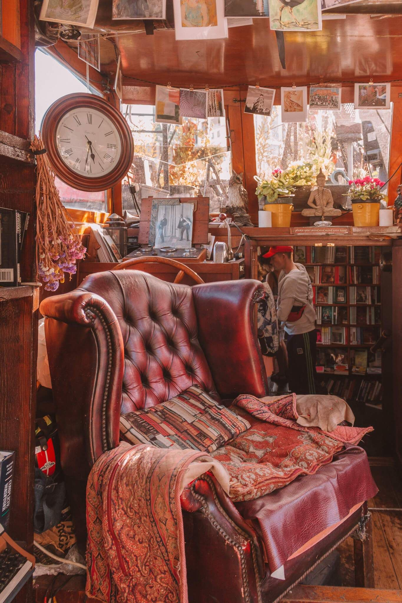 Word on the Water. These are 15 of the most beautiful bookshops in London. London is home to some of the most beautiful bookshops in the world. These are all independent bookshops in London and they stock a variety of old and new, fiction and non-fiction etc. Perfect for bookworms in London! #whatshotblog #bookshopporn #bookstagram #bookshops #travelLondon