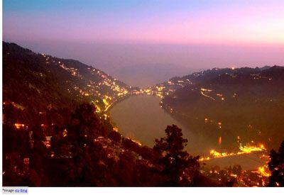 Nainital is the best place for the tourists where they can experience pleasant weather amongst serene surroundings. The best tourist attractions in Nainital are Naini Lake, Snow View Trek, Naina Devi Temple, Saptaal Lake, etc. Visitors can also enjoy outdoor activities like horse riding and trekking.