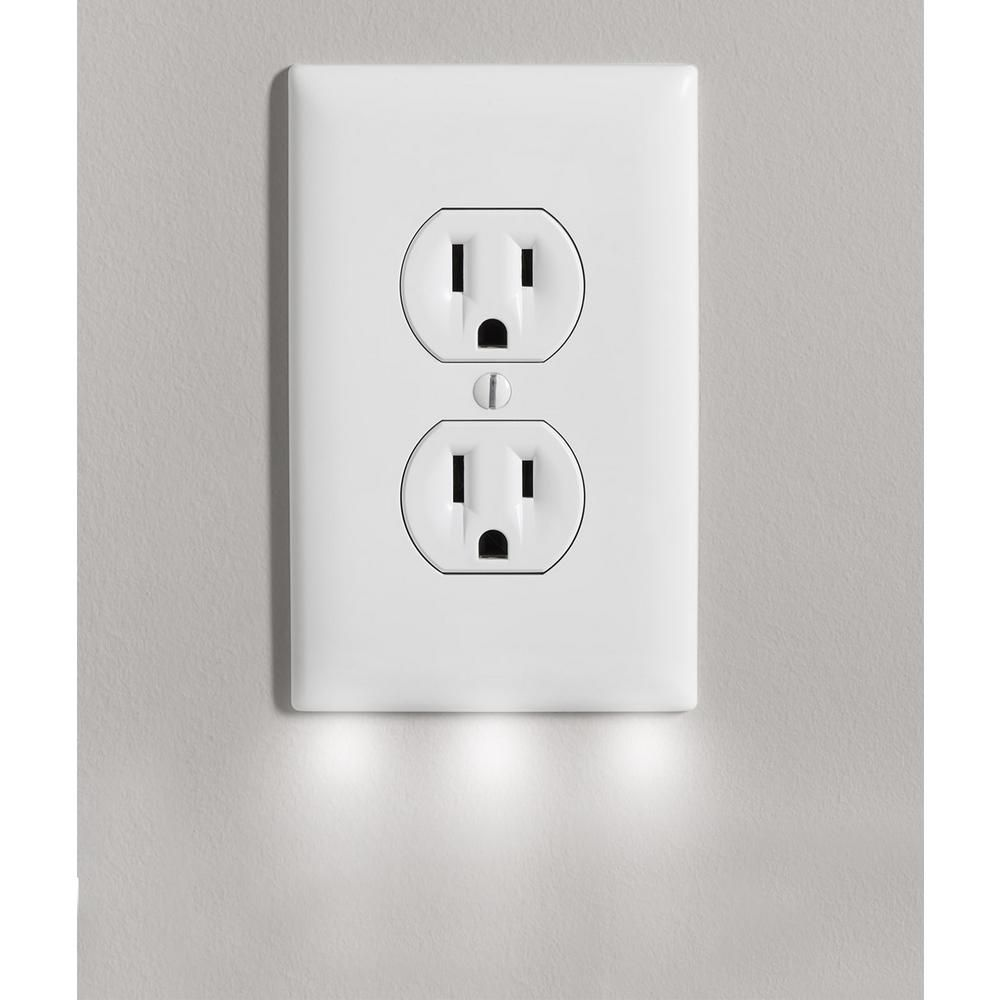 EcoCover Outlet Wall Plate Cover with 3 LED Night Lights
