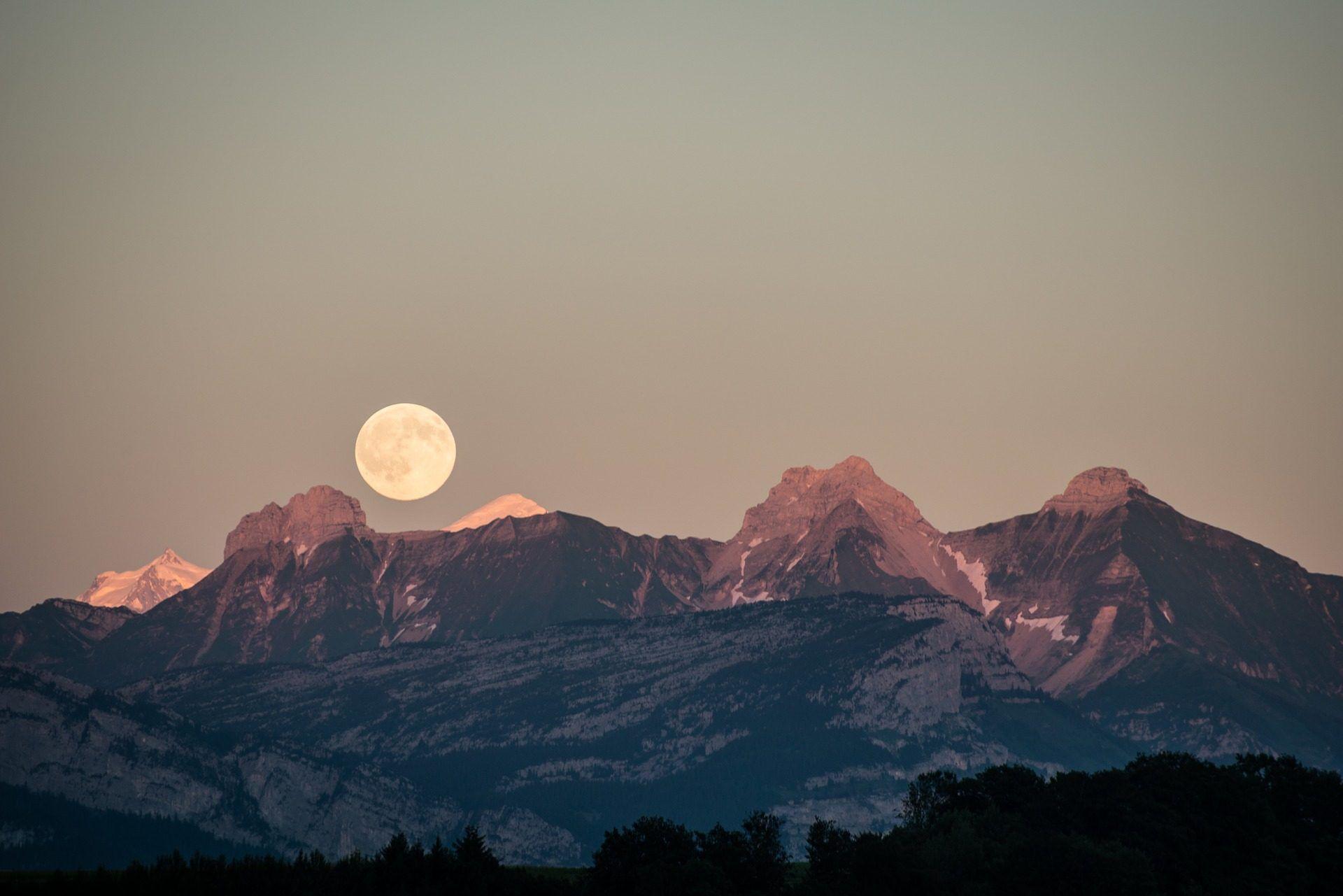 Fondo De Montañas Nevadas En Hd: Montañas, Nieve, Luna, Horizonte, Cielo, 1711190855