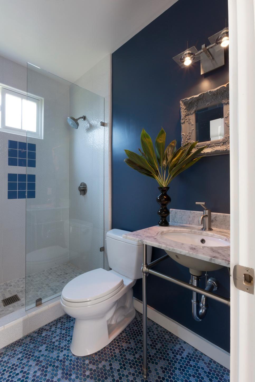 Navy Blue Bathroom With Mosaic Tile Floor In Shades Of Blue Bathroom Interior Design Modern Navy Bathroom Decor Blue Bathroom Decor