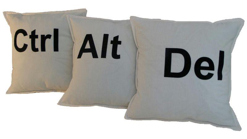 Kissenbezüge - Kissenhüllen 3er Pack Ctrl Alt Del 30x30cm - ein Designerstück von GeddertDesign bei DaWanda