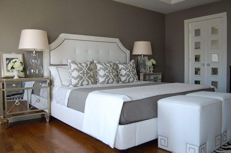 Our Borghese Mirrored Side Chests are distinctive details in this bedroom.