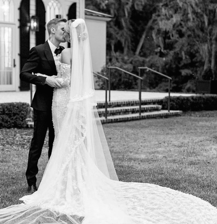 Justin Bieber and Hailey, new photos of the wedding  Celebrity