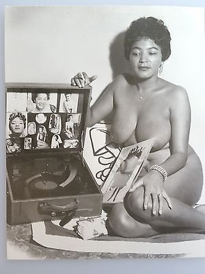 nude girls and records