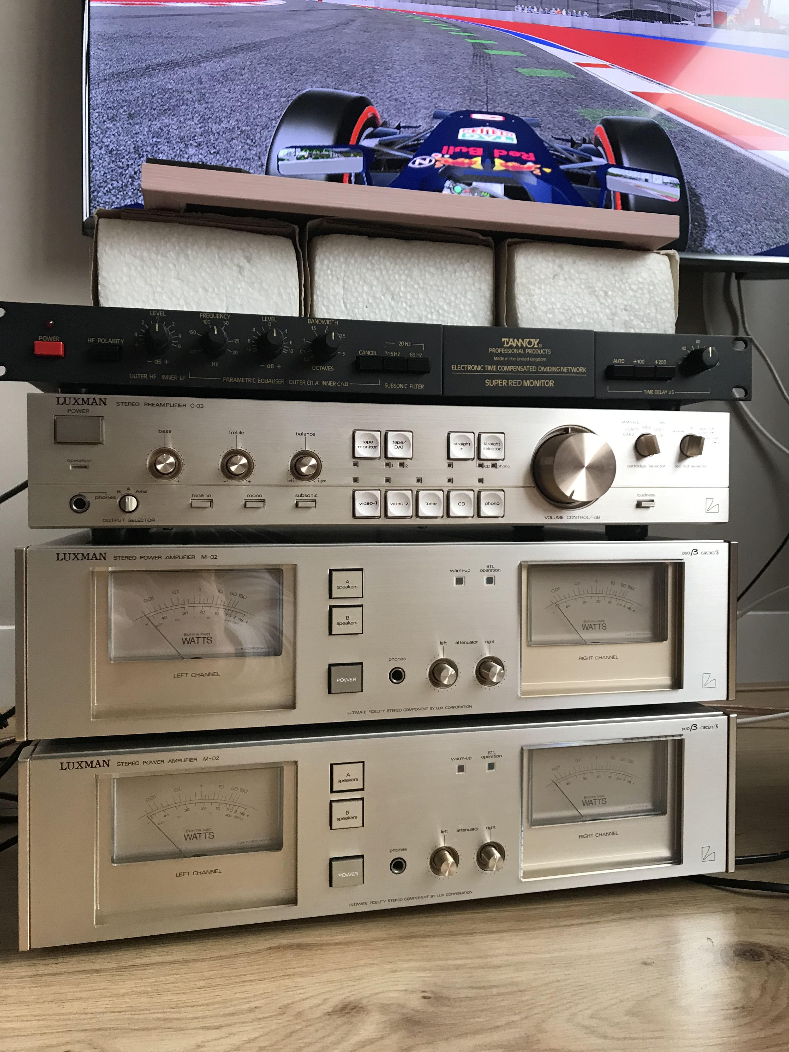 Luxman Amplifiers And Tannoy Xo5000 Dividing Network Vintage  # Muebles Nullius