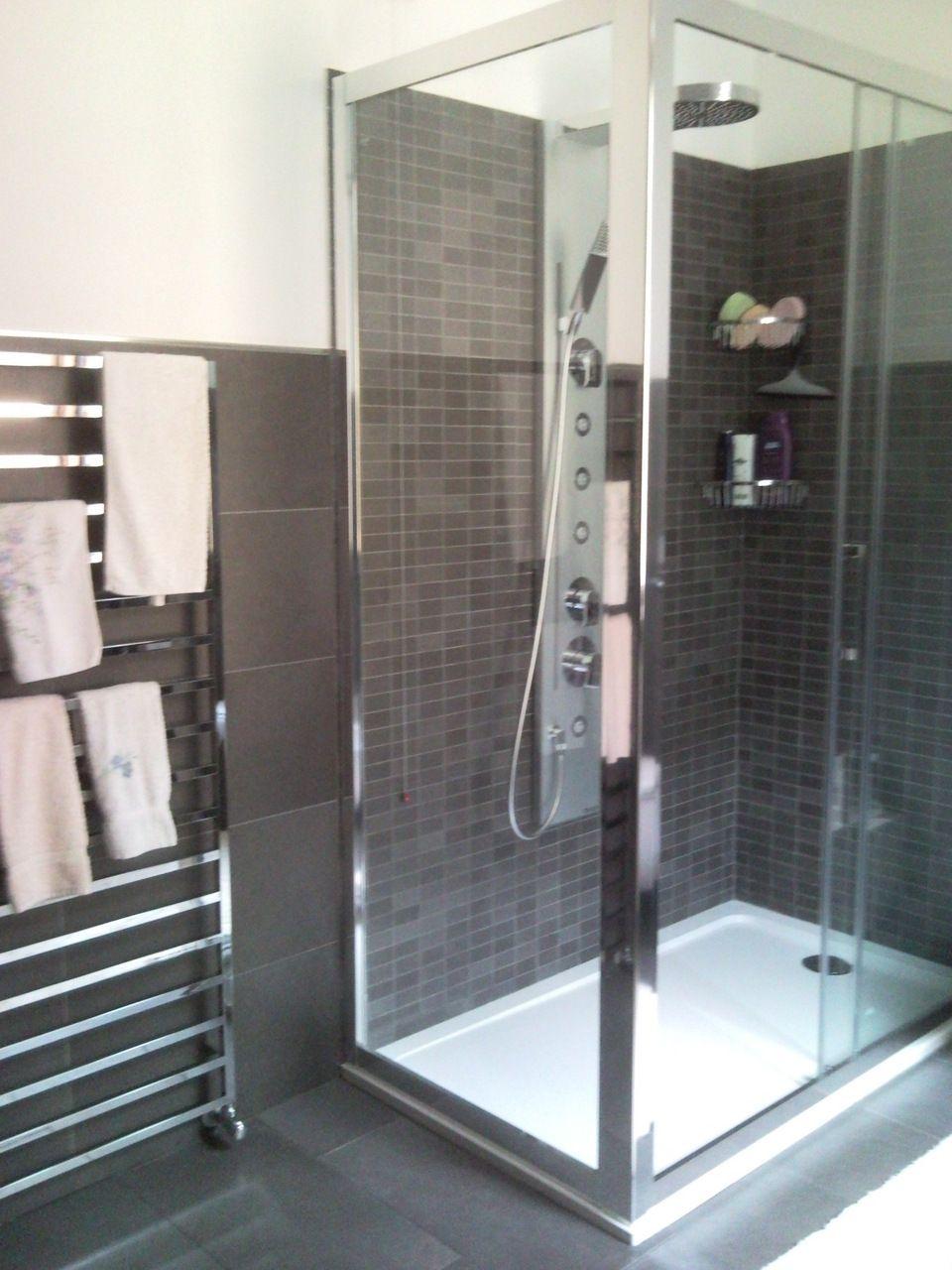 Idee rivestimenti bagno cerca con google bathroom pinterest bath room mixers and bath - Idee bagno rivestimenti ...
