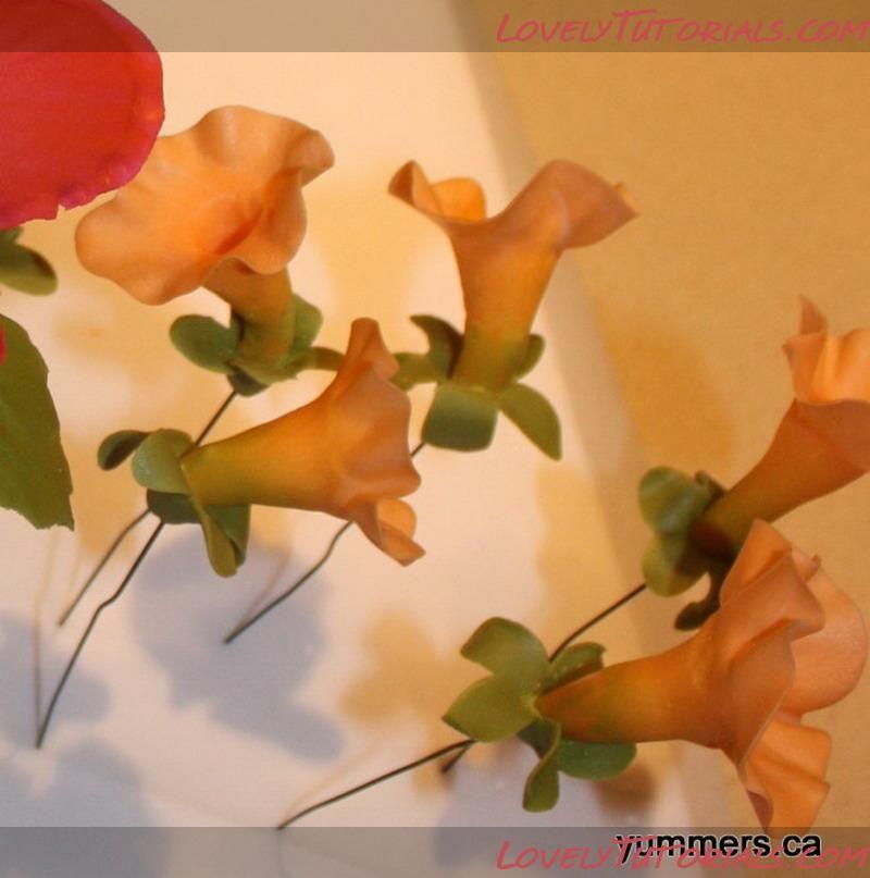 Дурман -Gumpaste (fondant, polymer clay) Datura flower making tutorial