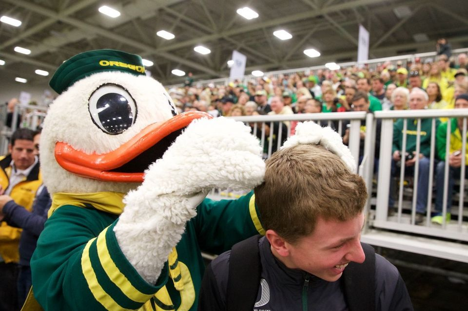 Photos Oregon Duck fans attend pep rally in Dallas Pep