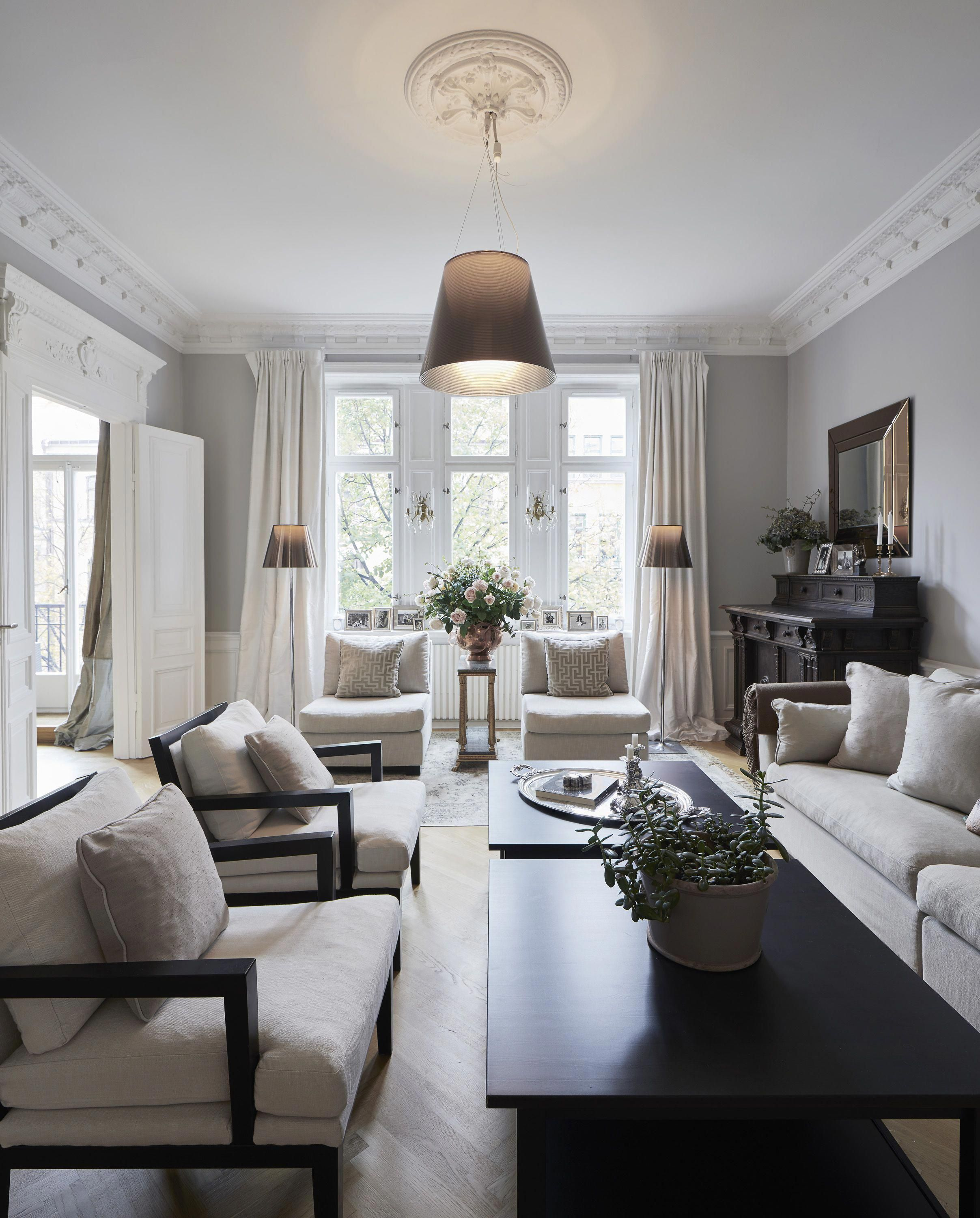 Brown Living Room Decor Ideas With Images Black Furniture
