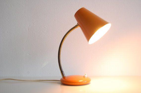 Retro Vintage Oranje Tafellampje Bureaulampje Etsy Orange Table Lamps Lamp Bases Desk Lamp
