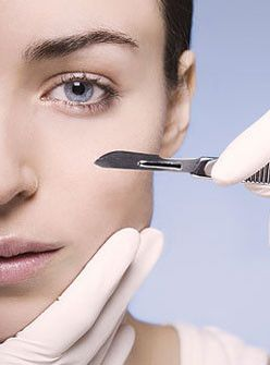 Dermaplaning: Practical, Gross, or Flat-Out Dangerous? +#refinery29