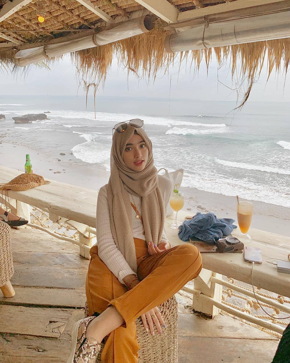 Inspiration Hijab Style Outfit of The Day (OOTD) 2019 ...