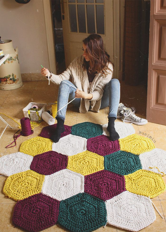 Alfombra de crochet susimiu trapillo ganchillo for Tejidos de alfombras