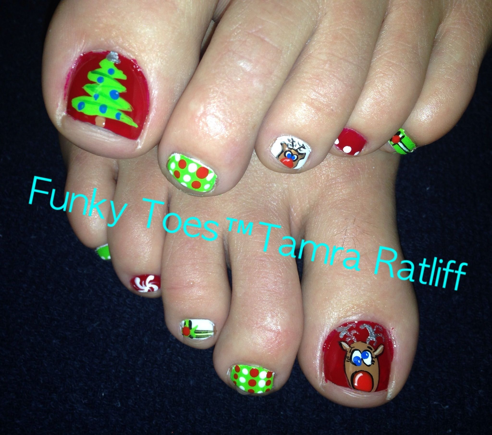Christmas Nail Art Christmas Nails Pinterest Christmas Toes