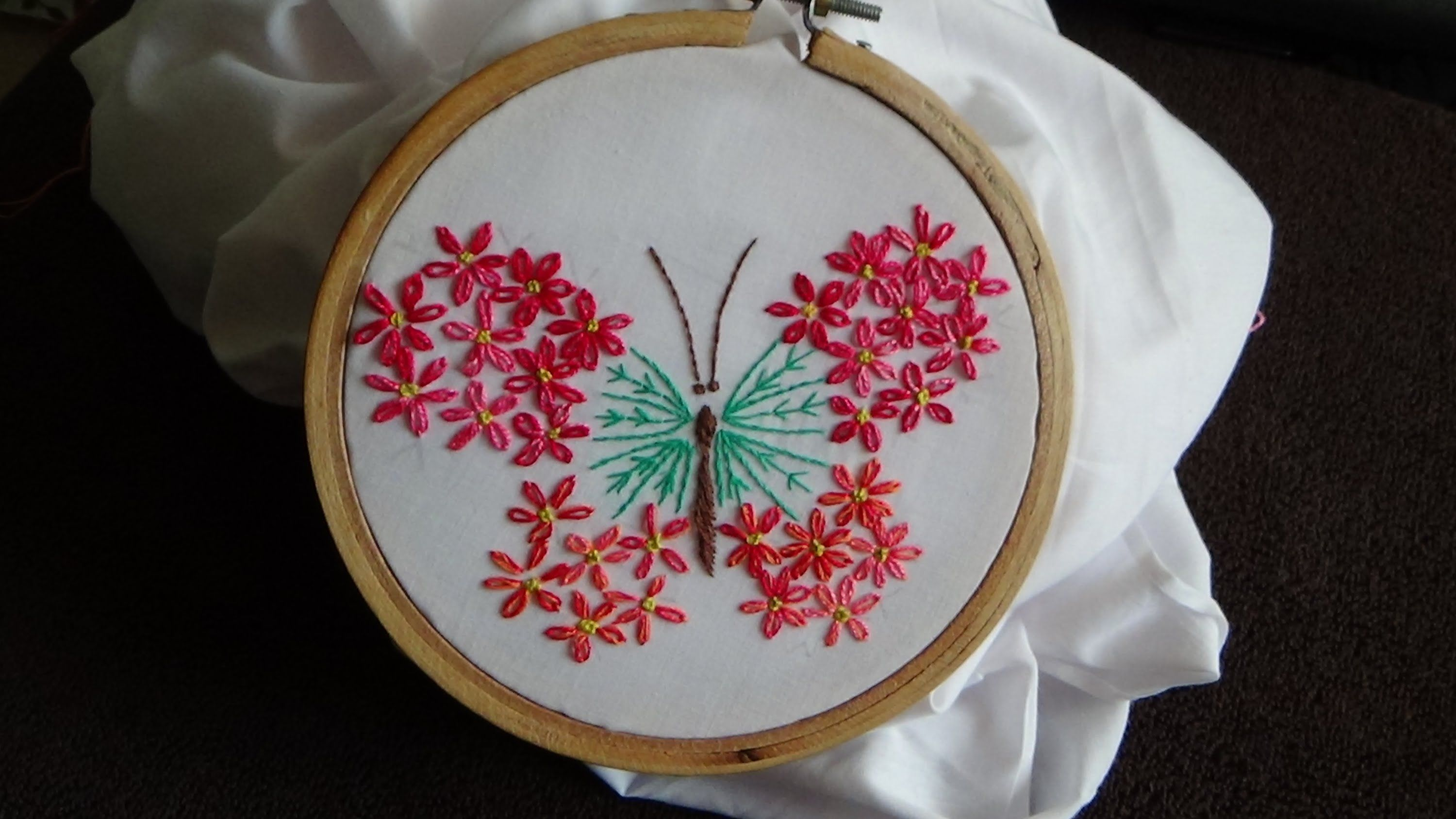 Hand embroidery embroided butterfly ft lazy daisy
