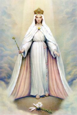 The Queen Of The Universe Mary Blessed Mother Mary Queen Of Heaven Mother Mary