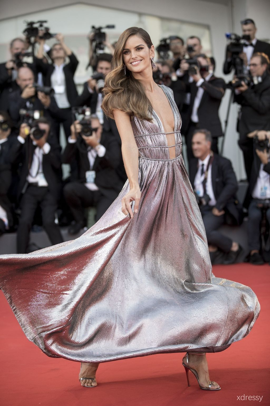 Izabel goulart metallic silver glitter pleated prom gown with