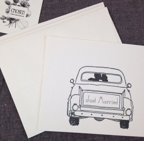 Just Married Kiss - 4 flat cards with envelopes - a fun way to say thank you after a wedding or large event! Flat card: 80# cream or white textured cardstock size 4.25 x 5.5 Envelope: A2 Flat cream or white Can order in bulk for after wedding thank you cards 50 - $127 100 - $245 150 - $360 200 - $470   **For custom wedding orders please message us** Truck license plate can be customized with wedding date, bride and groom initials or what ever statement you are trying to convey.