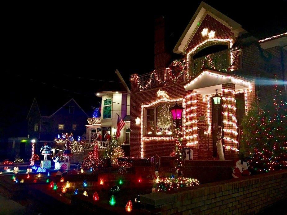 Dyker Heights,Brooklyn | Holiday decor, Christmas tree, Decor