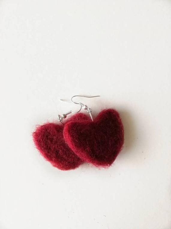 Heart earrings, love earrings, valentine earrings, pendulous earrings, carded wool earrings, felt ea