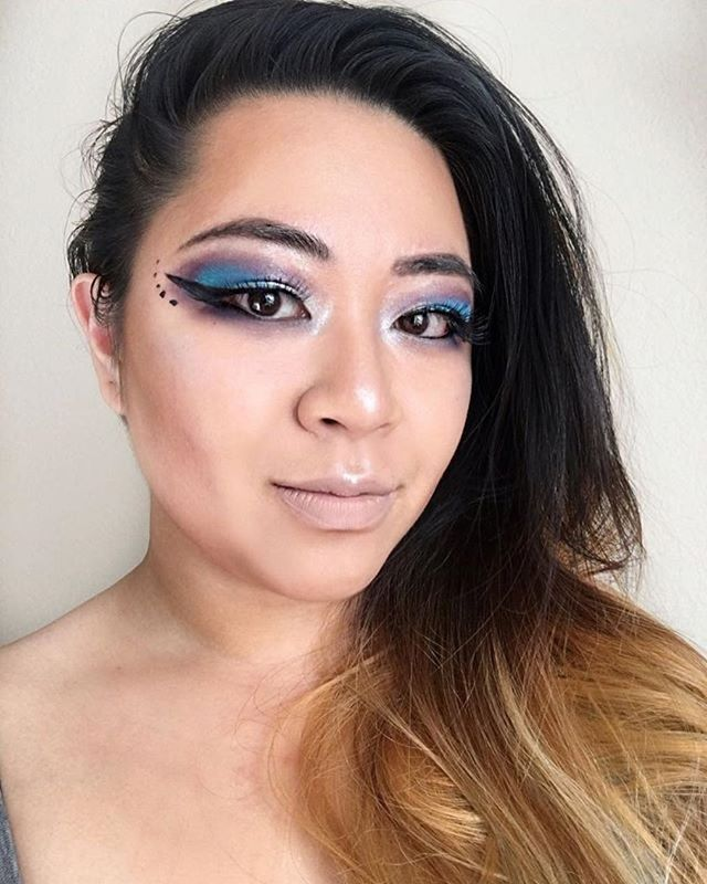 @aikomontilla is certainly getting her glow on with the new RPG Collection! We adore this look! +25 awe..and that highlight!💙💜Preorder this palette at the link in profile! • • • #EspionageCosmetics #NerdMakeup #CrueltyFree #lotd #motd #eotd #fotd #Makeup #Cosmetics #CrueltyFreeMakeup #CrueltyFreeBeauty #RPG #Geek #GeekGirl #GamerGirl