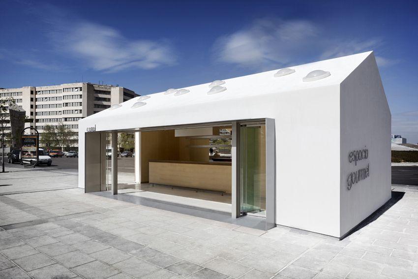 Kiosk-Bar in Madrid / Klein und frech am Kreisverkehr - Architektur und Architekten - News / Meldungen / Nachrichten - BauNetz.de
